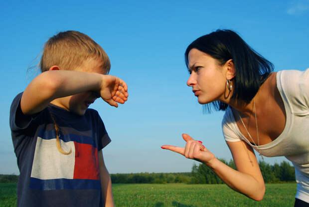 13 фраз, с которых начинаются ссоры между детьми и родителями