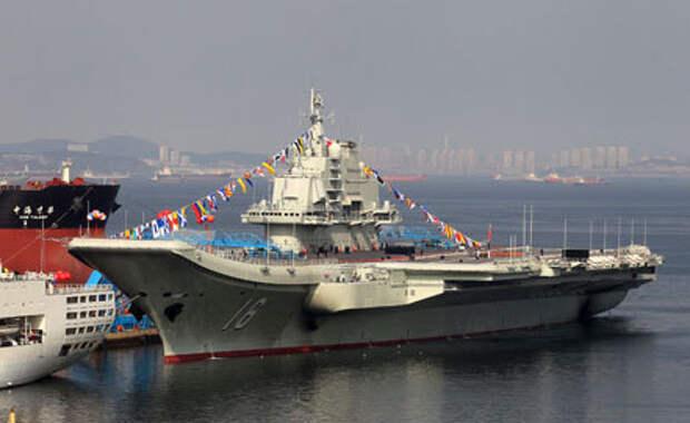 Китай объявил об успешном прохождении испытаний по посадке истребителя на палубу авианосца