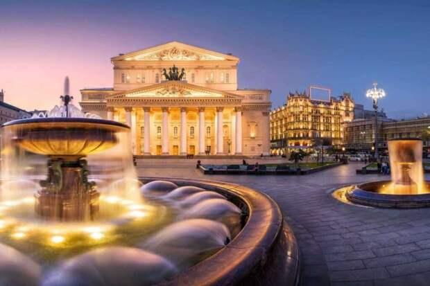 В Большом театре во время оперы «Садко» артиста насмерть придавила декорация