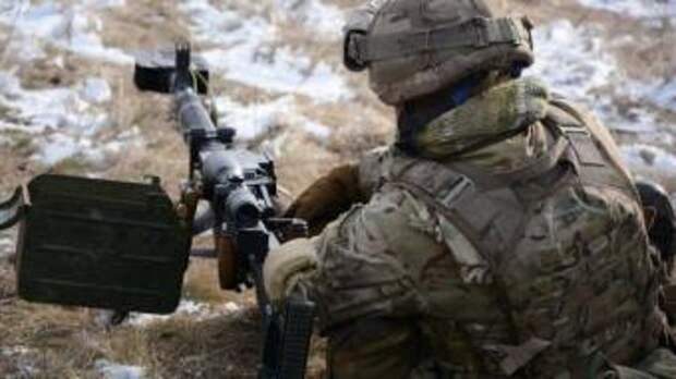 Сербские снайперы в ДНР, снаряд уничтожил блиндаж ВСУ со всем его содержимым