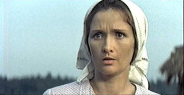 Любовь земная(1974 г.) - Ефросинья Дерюгина Зинаида Кириенко, актрисы, день рождения