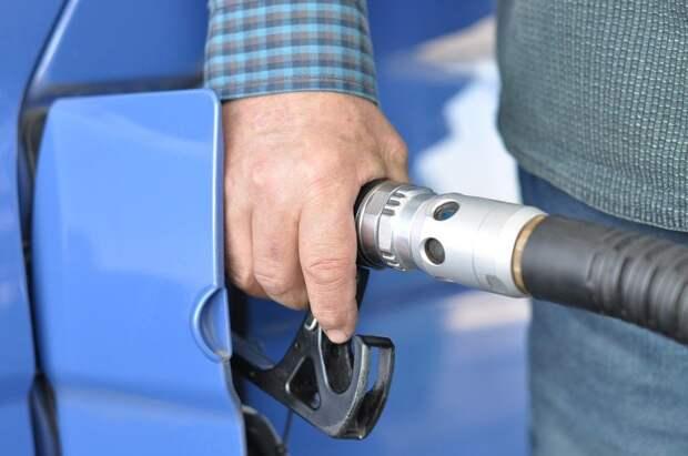На сотнях АЗС Португалии закончился бензин