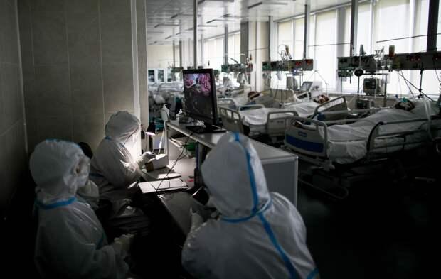 Госпиталь для лечения пациентов с коронавирусом в ГКБ №15 имени Филатова.
