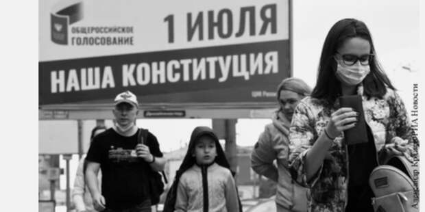 Желающим получить российский трон нужно молча ждать