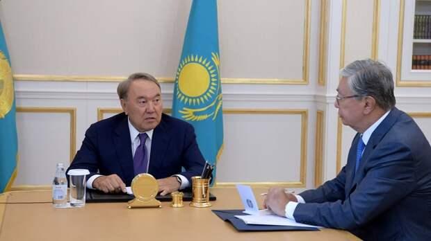 Президент Казахстана Назарбаев уходит в отставку, но в политике — остается