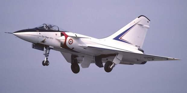 Французский истребитель Mirage 4000имел все шансы стать общеевропейской машиной. Ноне вышло