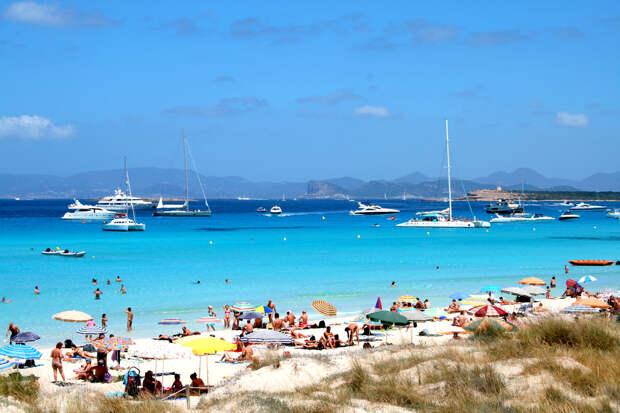 ТОП-10 лучших пляжей Испании по версии туристов