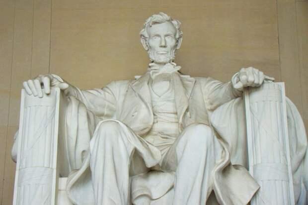 Прядь волос Авраама Линкольна продали на аукционе. Вот во сколько оценили волосы 16 президента США