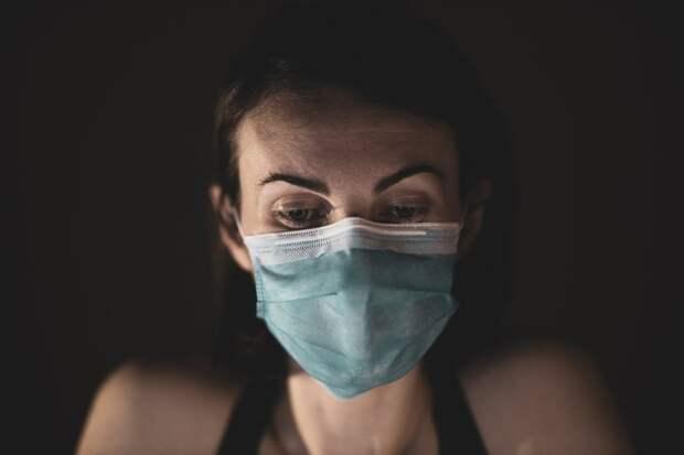 Суточный прирост больных коронавирусом в РФ составил 10 699 человек