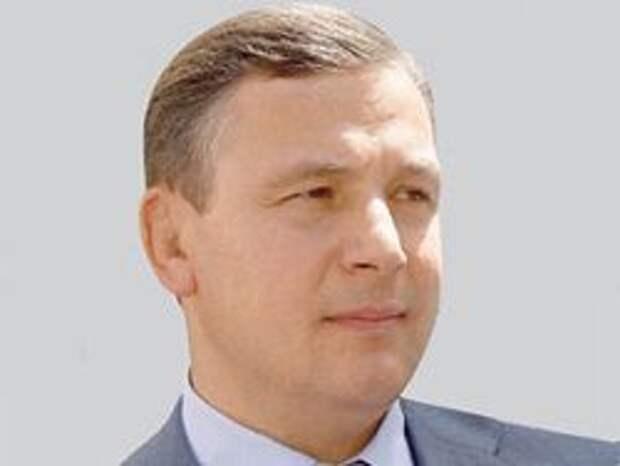Новость на Newsland: Глава МО Украины пообещал провести парад Победы в Севастополе