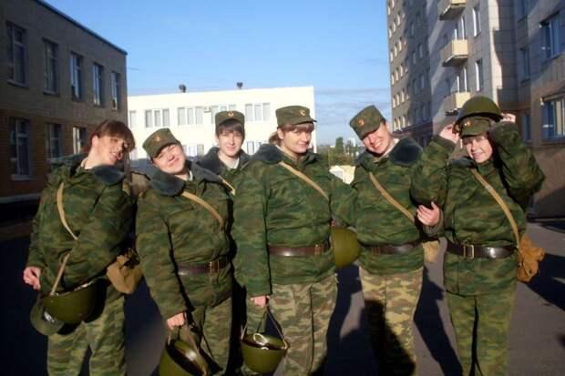 От тайги до британских морей ... : Лица девушек из Российской армии (57)