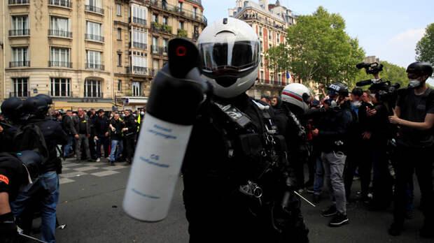 Французский депутат: не Франции учить Россию обращению с протестующими