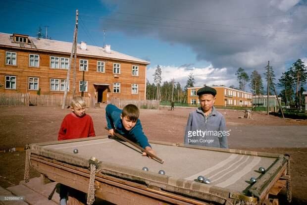 Пять мифов о «счастливом советском детстве».