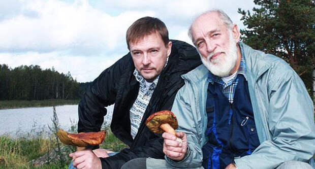 Геннадий Нилов с сыном Алексеем (www.kino-teatr.ru)