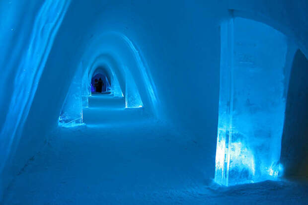 МИР ВОКРУГ. 12 удивительных отелей из льда и снега