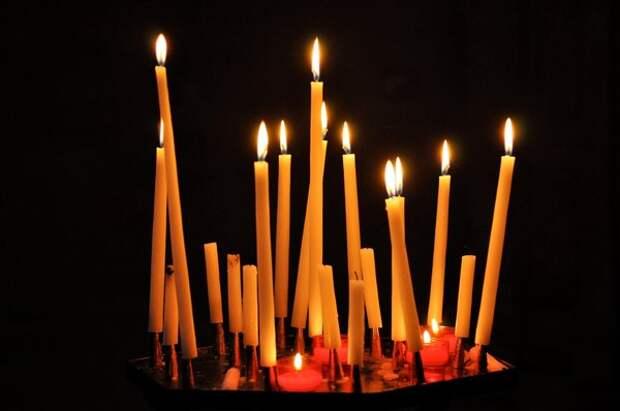 Что делать со свечами в церкви?