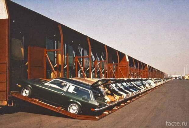 Вертикальная транспортировка автомобилей в США