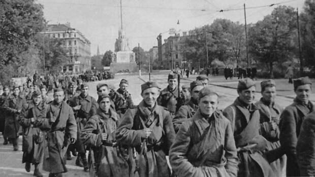 Историк Столпаков оценил вклад шифровальной службы СССР в период ВОВ