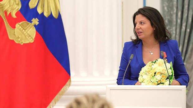 Симоньян высмеяла панику либералов из-за послания Путина