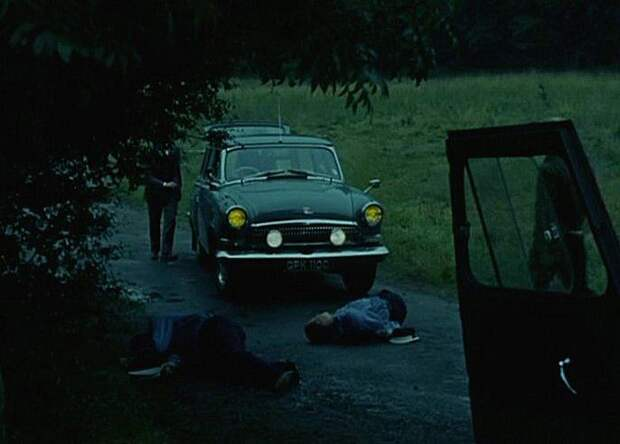 Та же ''Волга'' в британском сериале ''Champions'', 1968 год. Coinsidence? I don't think so. авто, волга, газ-21, олдтаймер, правый руль, редкий авто, ретро авто, экспорт