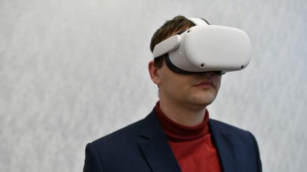 Пермяк разработал мобильный VR-музей «Молотов — город трудовой доблести»