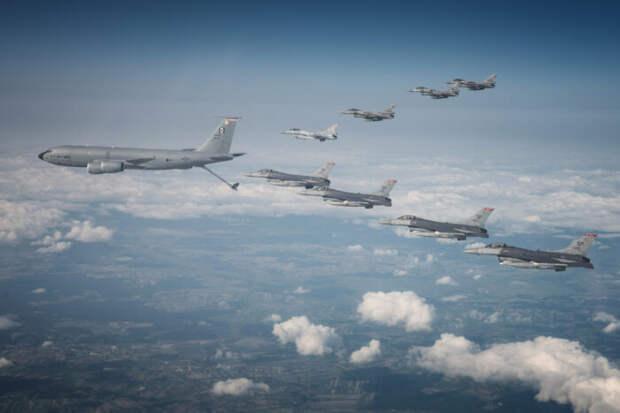 Истребители ВВС США F-35 впервые переброшены к Крыму
