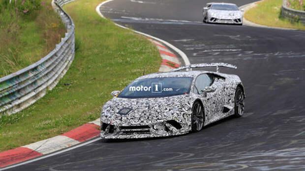 Легче легкого: Lamborghini гоняет нового «бойца» до седьмого пота