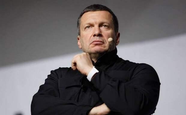 «Орал так, что чуть стекла не вылетели»: Соловьев сорвался в телеэфире