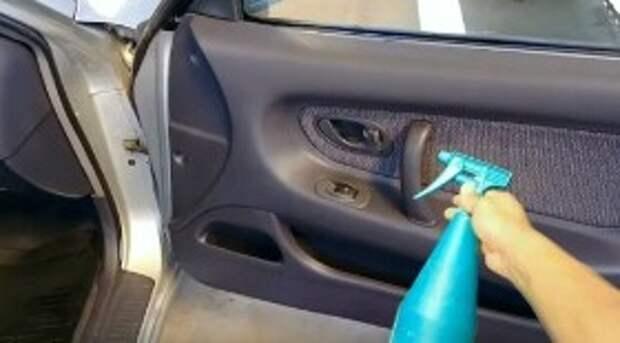 Как отмыть карты дверей и панель автомобиля за 30 рублей?