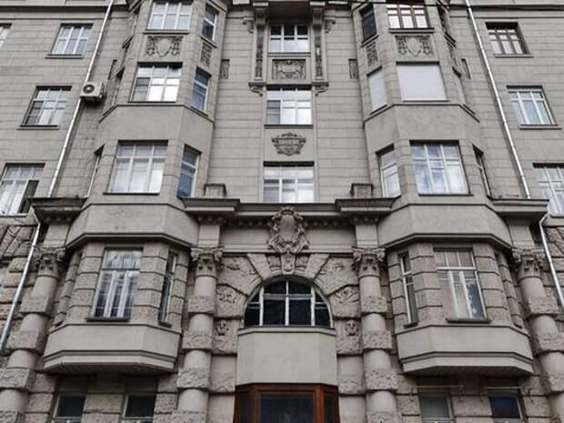 Фасад дома Кальмеера капитально отремонтируют