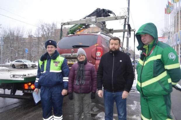 В Северном округе проведена акция, направленная на выявление водителей, нарушающих правила парковки.