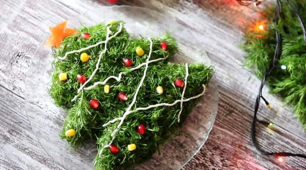 Украшение салатов на Новый 2021 год: как украсить, самые лучшие идеи19
