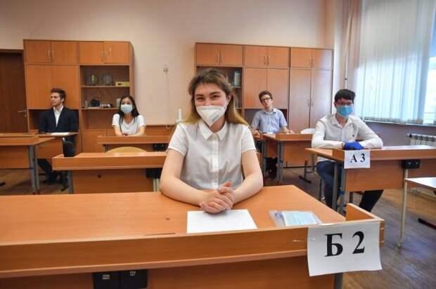 Кравцов: итоговые экзамены в 9 и 11 классах пройдут в штатном режиме