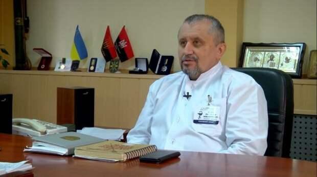 Лицом партии Порошенко стал ведущий хирург, нацист состажем