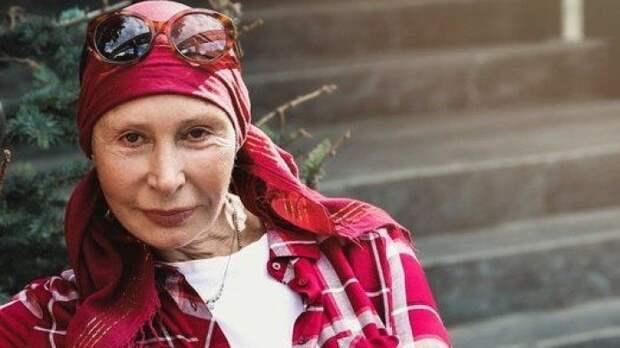 Актриса Татьяна Васильева призналась, что ходит мыться в тренажерный зал