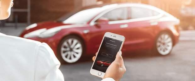 Машины Tesla будут оценивать стиль вождения своих владельцев
