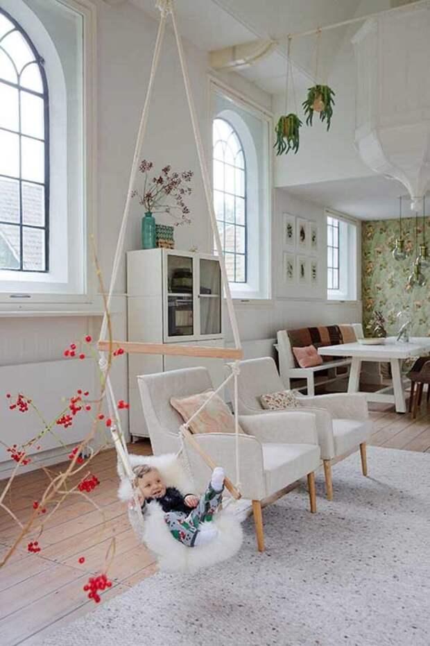Закрытая церковь в Нидерландах, ставшая уютным домом.