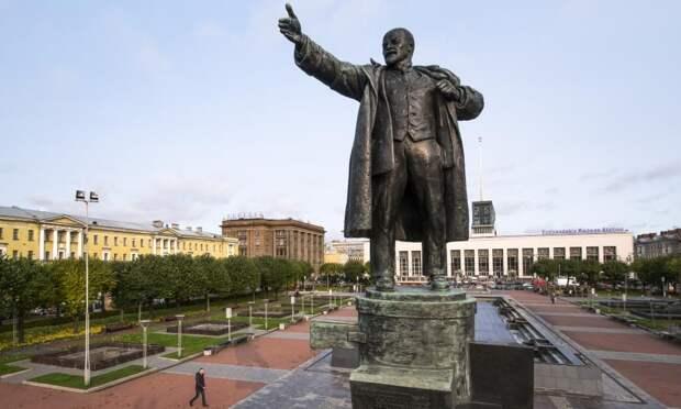 Тайные знаки памятника Ленину у Финляндского вокзала