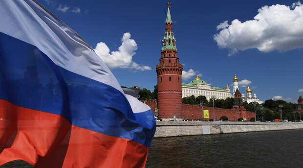 Чтобы быть одним из мировых лидеров, России не хватает только количества населения. Но это...