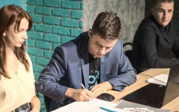 Рязанские представители партии «Новые люди» подали документы в областной избирком