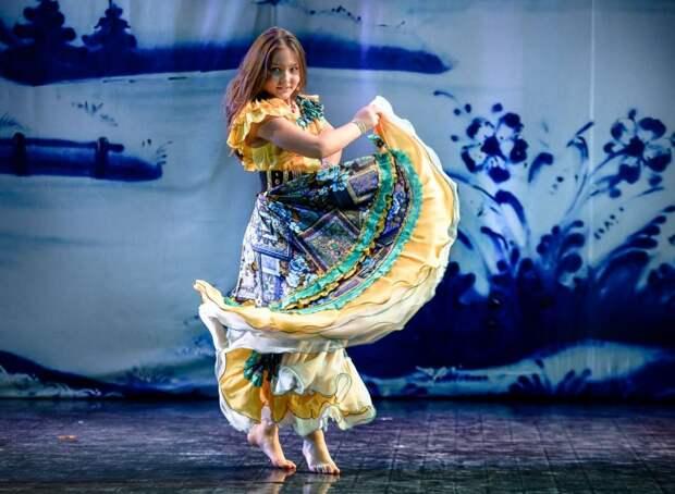 Школьница из Северного Тушина завоевала Кубок мира по цыганским танцам