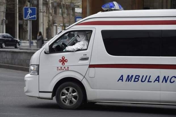 В Ереване произошло ДТП с участием автомобиля из кортежа Пашиняна