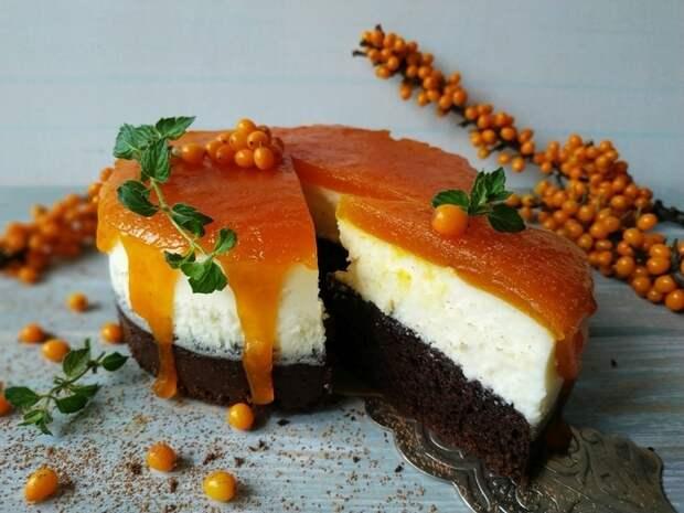 Творожный десерт с мармеладом из облепихи