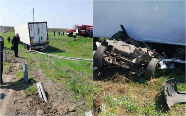Двое инспекторов ДПС погибли под колесами фуры