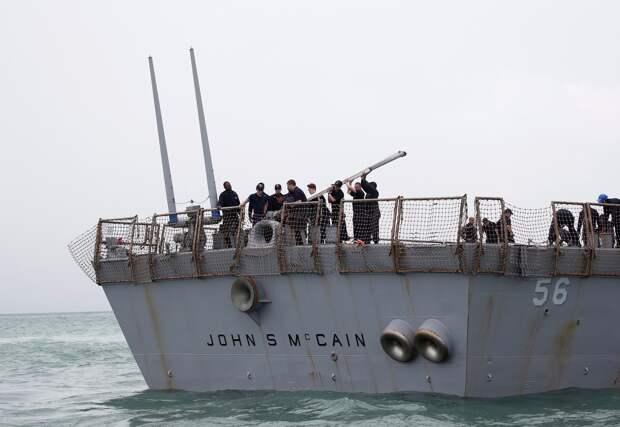 Угроза ВМФ РФ открыть огонь на поражение вынудила ВМС США прекратить провокации