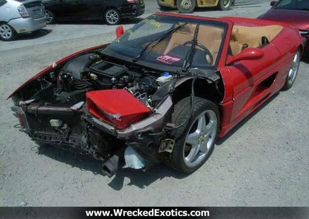 73-летний старик разбил по меньшей мере 10 экзотичных авто за последние 3 года