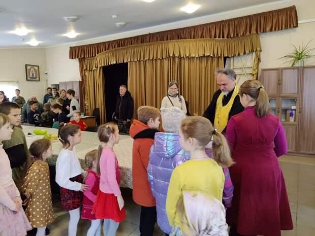 В воскресной школе храма Рождества Христова в Митине начался учебный год