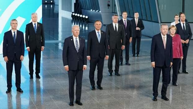 Что сказали лидеры НАТО о России, Украине и Путине