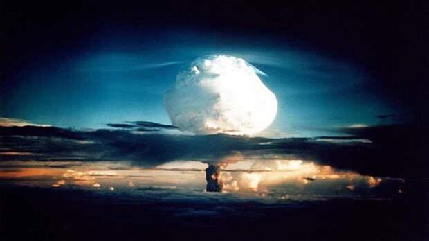 """Зеленский с ядерным оружием станет """"обезьяной с гранатой"""""""