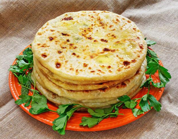Аппетитные кавказские хычины с сыром